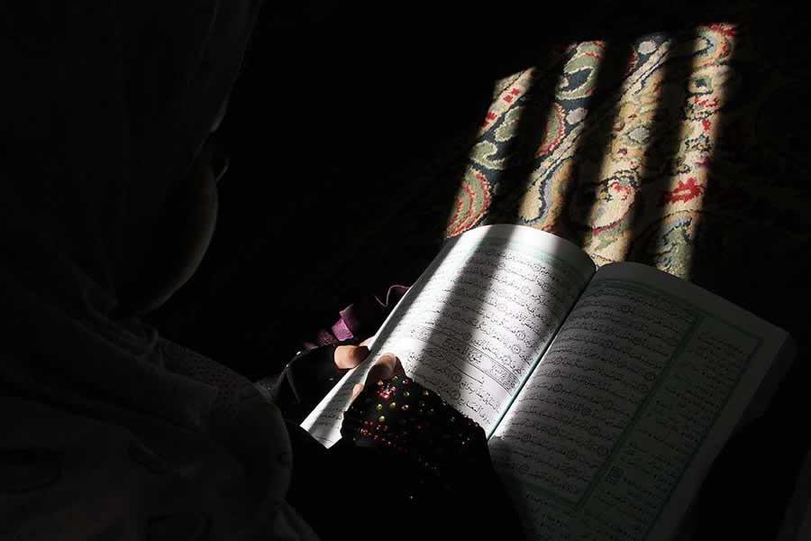 10-летняя девочка защитила себя от насильника чтением Священного Корана